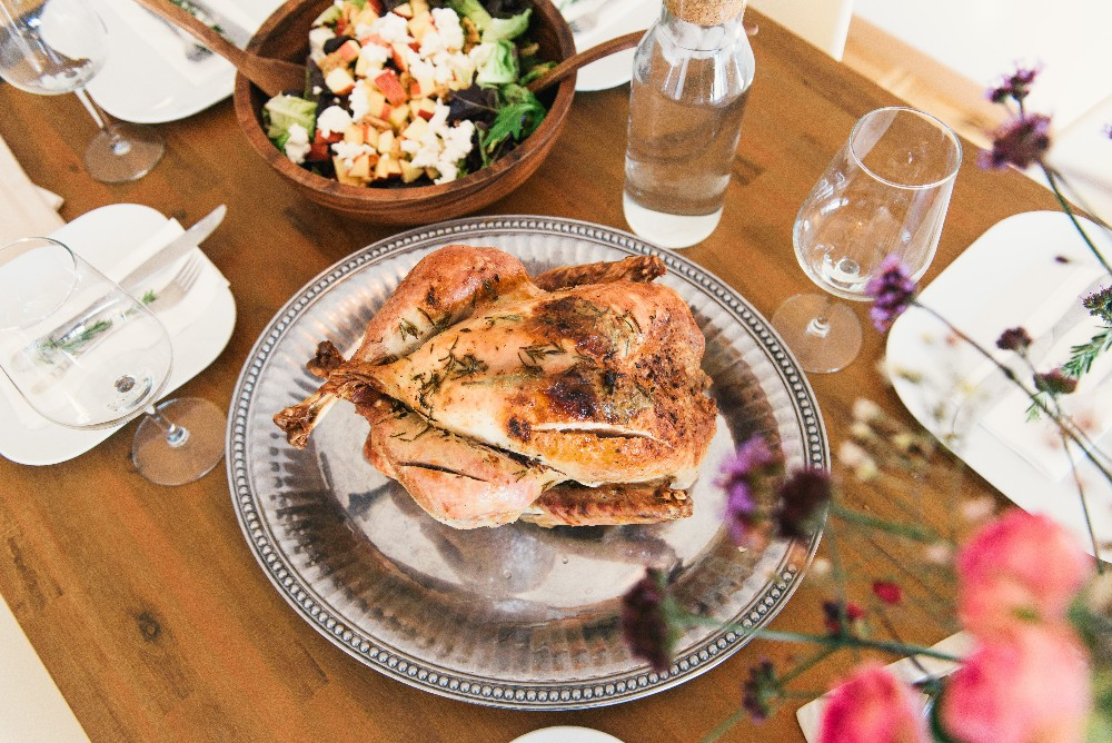 thumbnail image for blog Thanksgiving Is Served! Essential Hosting Tips for Renters