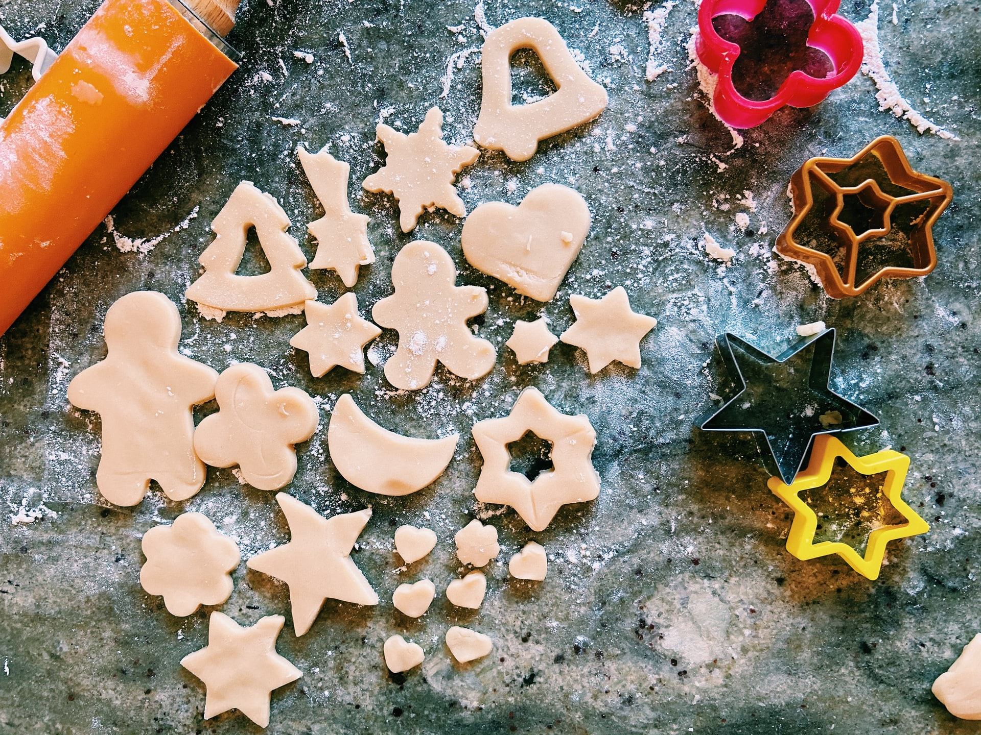 thumbnail image for blog Set Yourself Up for Holiday Cookie Success With These Kitchen Organizing Tips